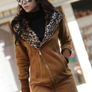 Comfortable Zip Closure Leopard Ins..