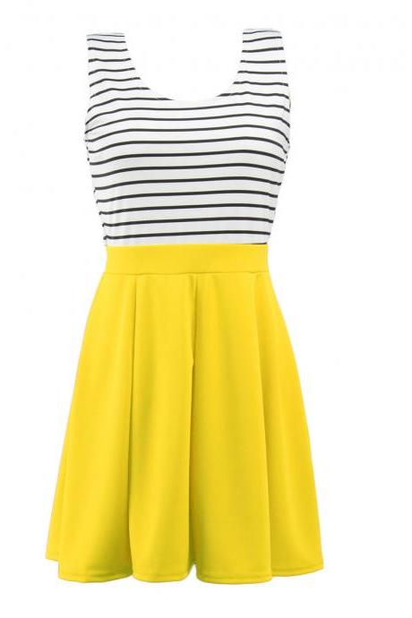 Fashion Sleeveless Stripe Print Dress - Yellow