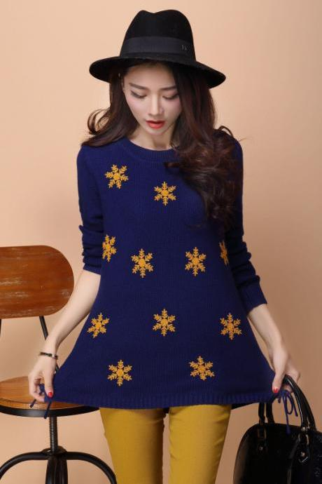 Women Round Neck Snowflake Decoration Sweater