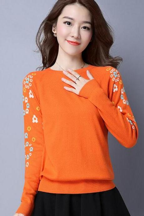 Flower Decoration Long Sleeve Round Neck Sweater