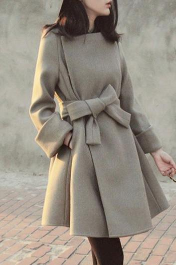 Fashion Woolen Long Sleeve Belt Embellished Coat - Grey