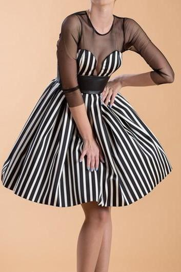 Cute Mesh Panel Stripe Print A Line Dress